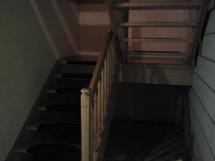 Offenes treppenhaus abtrennen  Konzept zur Dämmung erstellen wg. unterschiedlicher Nutzung (auch ...
