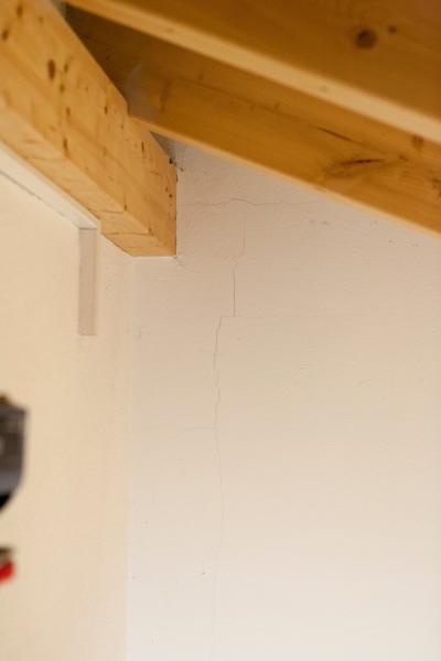 Bevorzugt Garage setzt sich vom Haus Weg - Risse im Mauerwerk CB24