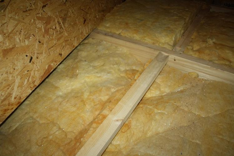 Osb Platten Auf Dem Dachboden Werden Feucht