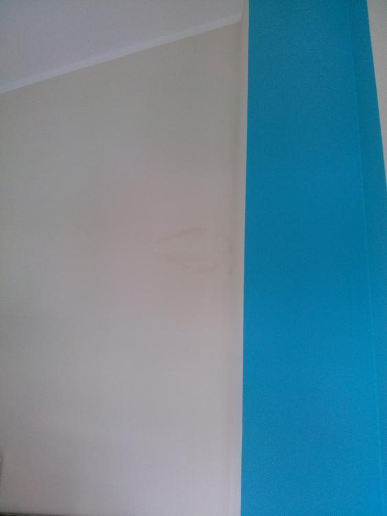 Bekannt Fleck mitten in der Wand SB96