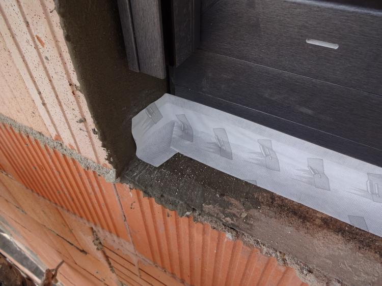 Relativ Fenstereinbau/Abdichtung unten korrekt? XN28