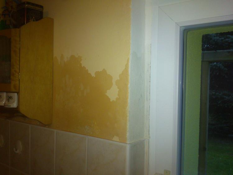 Extrem Feuchter Fleck an der Wand! MC22
