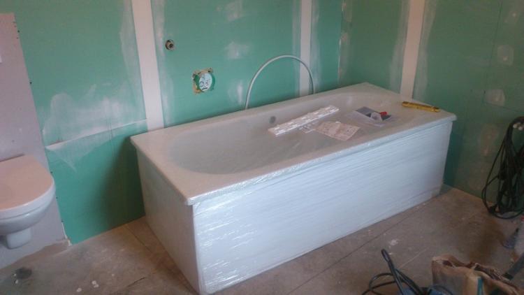 Badewanne Einbauen