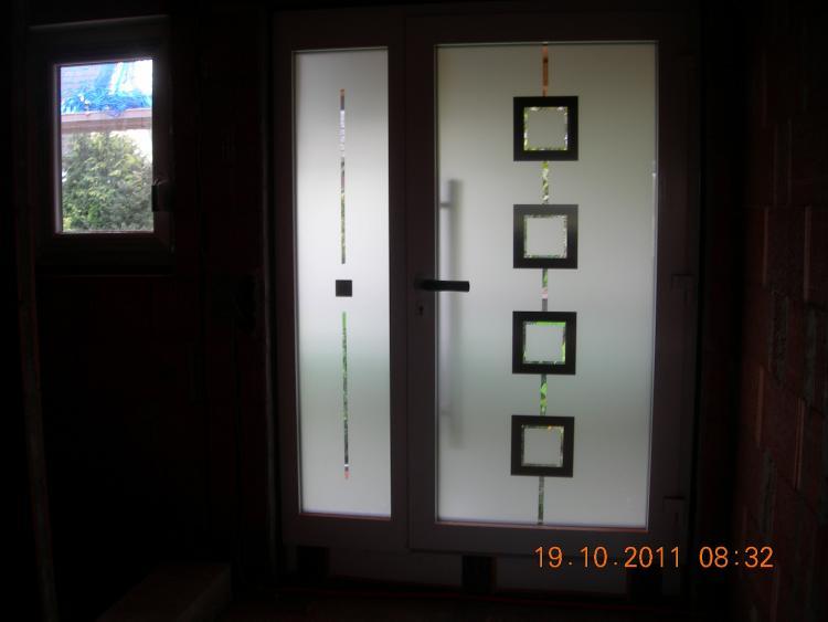Haustür milchglas  Welches Glas für Haustür und Seitenteil?