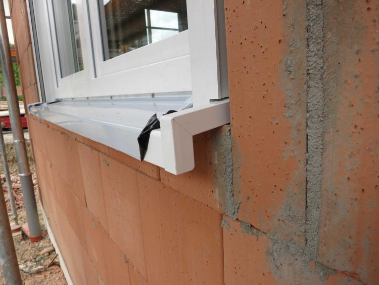 Fenstereinbau im Neubau mit Poroton