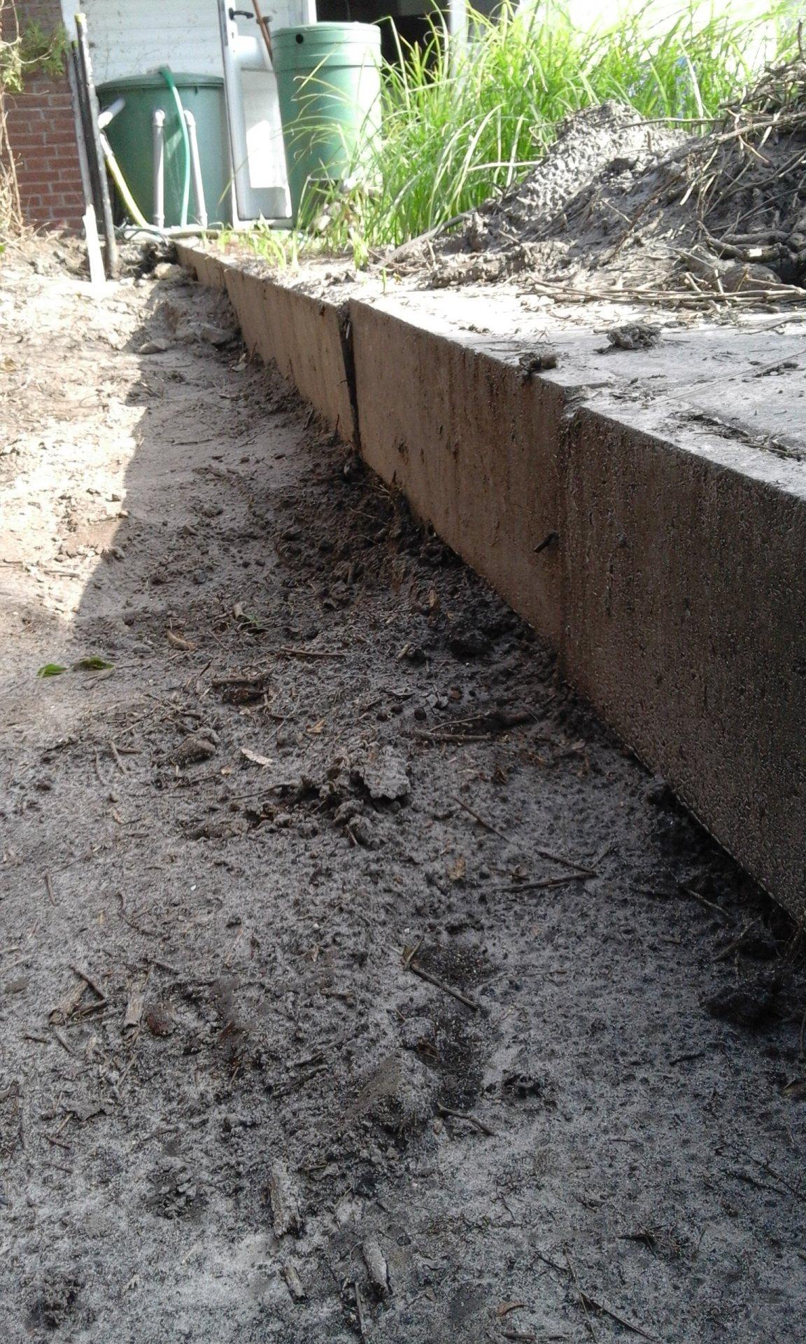 L Steine Setzen Im Garten Mit Doppelstabmattenzaun