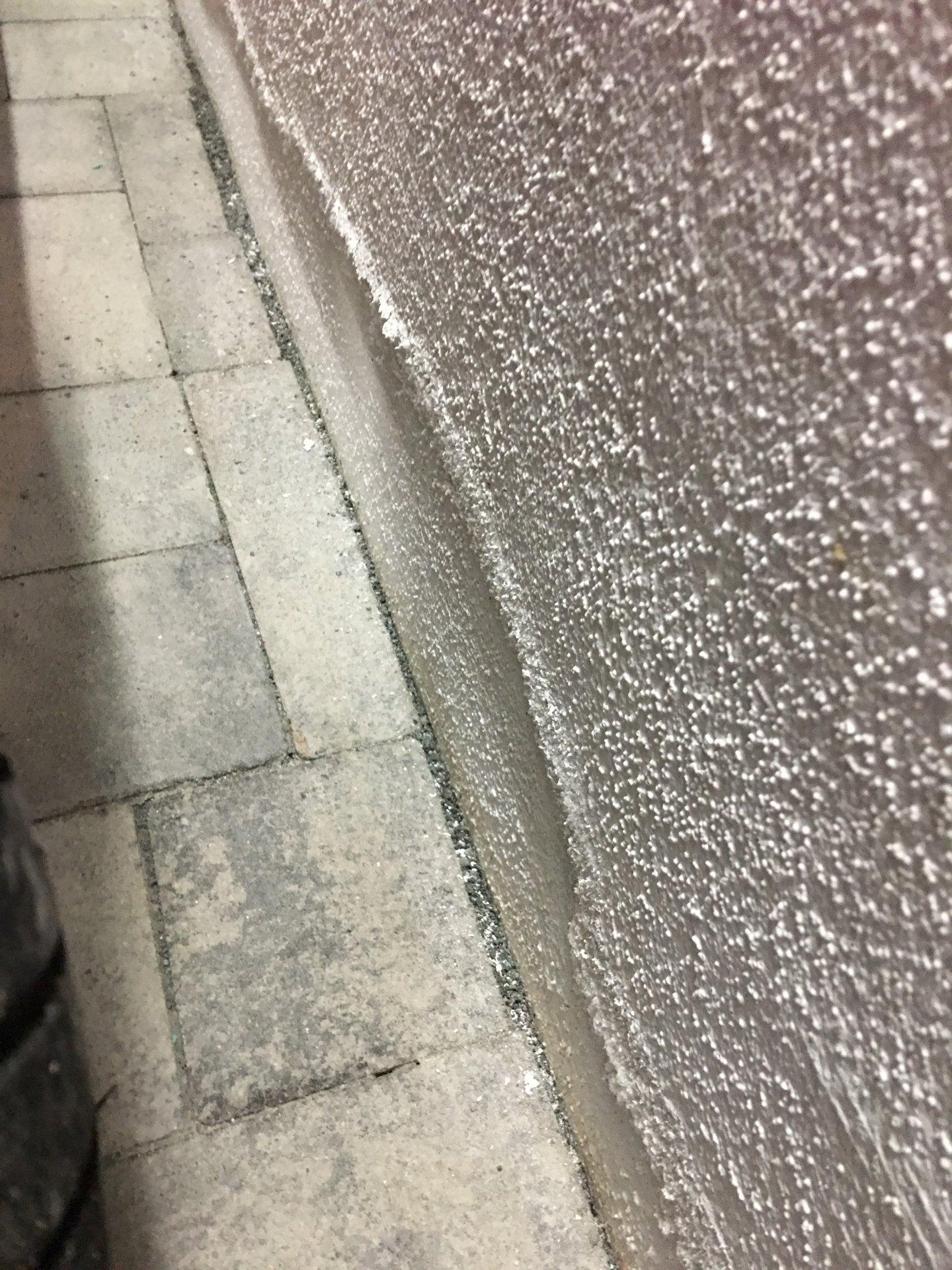 Turbo Garage Schimmel an Wand und Fugen NA91
