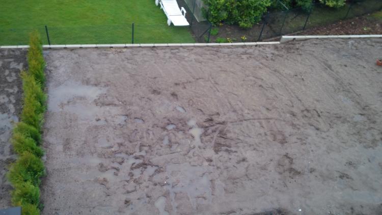 Häufig L-Steine ohne Drainage gesetzt und abgedichtet wie ein Schwimmingpool? WS23
