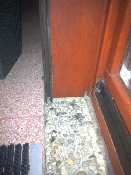 Holzfenster Fensterbank außen erneuern auf vorhandene Fensterbank ...