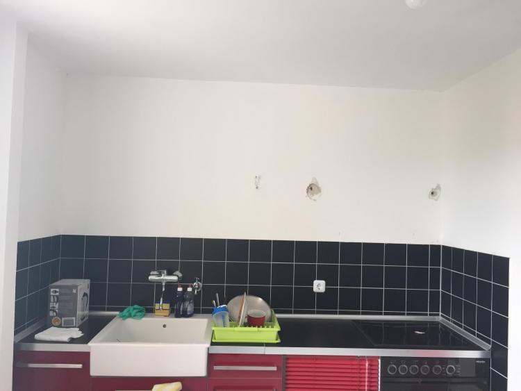 Wie Küchenschränke auf Porenbeton/Gasbeton hängen