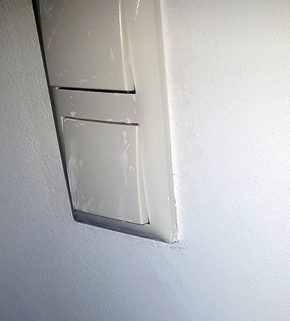 Lichtschalter WC OG.jpg