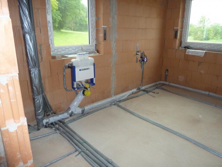 Fabulous Hat Sanitärfirma gepfuscht? Wasserleitungen nicht isoliert PV88