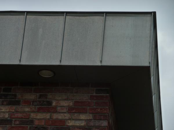 Bevorzugt Verkleiden von Dachüberstand (Dachkasten) OT24