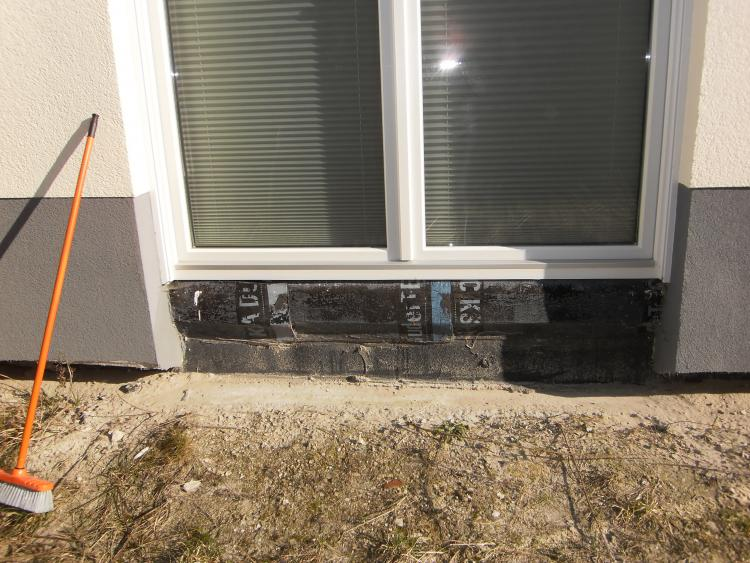 Fachgerechte Installation Fensterbank- Terrassentür bei Putzbau ohne ...