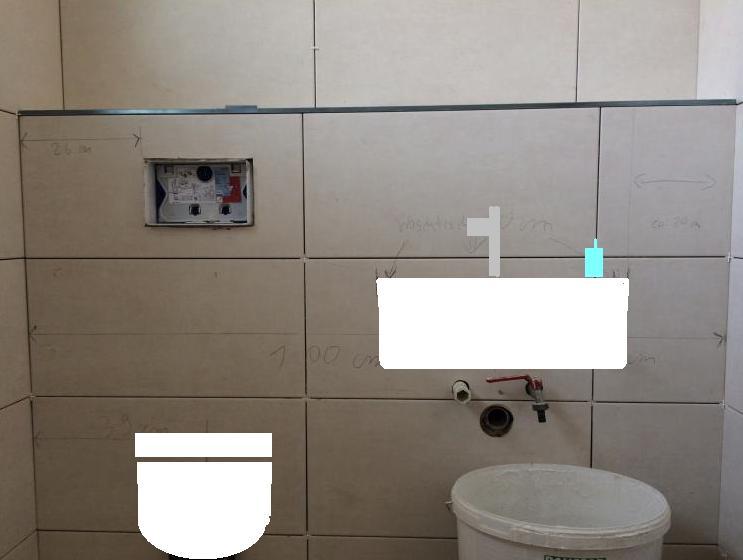 Hervorragend Waschtisch nicht mittig zur Fliese LN26