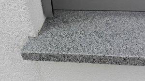 Fensterbank au en problem wasserrinne - Granit fensterbank einbauen ...