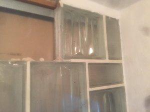 Glasbausteine tragend - Wand aus glasbausteinen ...