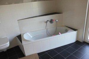badewanne einbauen. Black Bedroom Furniture Sets. Home Design Ideas